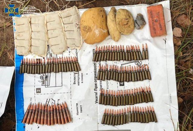 На Рівненщіні СБУ викрила замаскованій схрон з гранатами и вібухівкою (ФОТО)