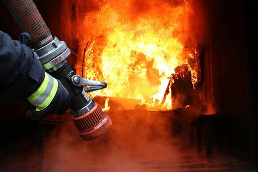 У Рокітнівському районі згоріла лазня
