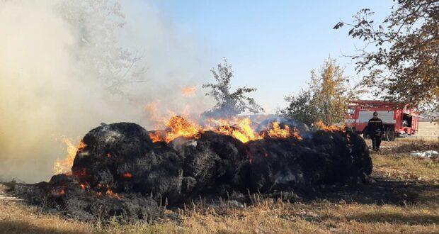 На Рівненщіні во время пожежі згоріло Шість тонн соломи