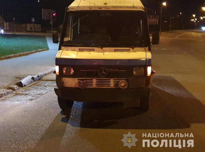 У Рівному поліцейські Затримали п'яного Чоловіка, Який викрав автомобіль (ФОТО)